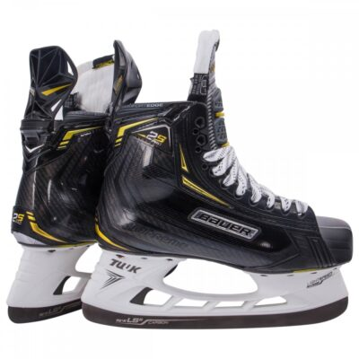 Ice Hockey Bauer 2S Pro Skate, Myskate at cockburn ice arena. Perth, Western Australia