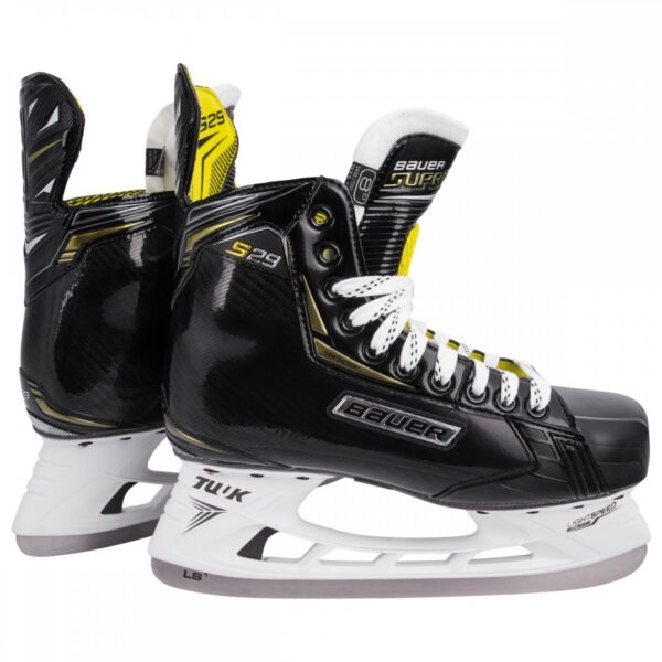 Ice Hockey Bauer S29 Skate, Myskate at cockburn ice arena. Perth, Western Australia